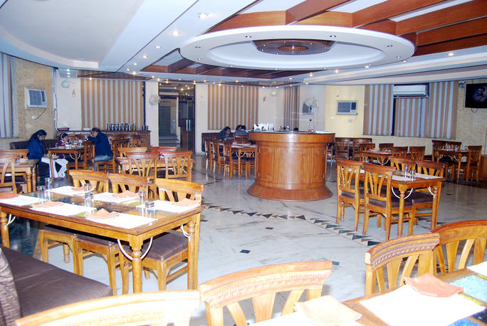 Royal Residency Hotel Aligarh Restaurant